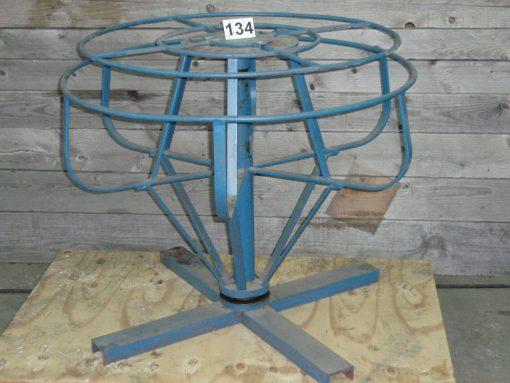 Wire decoiler